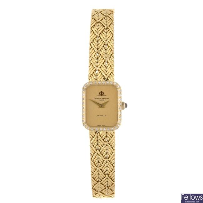 (907004024) An 18k gold quartz lady's Baume & Mercier bracelet watch.