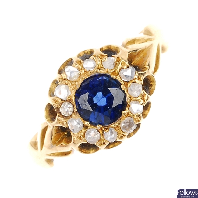 An early 20th century 18ct gold cluster ring.