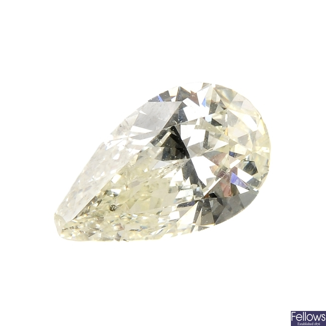 A pear-shape diamond, weighing 1ct.