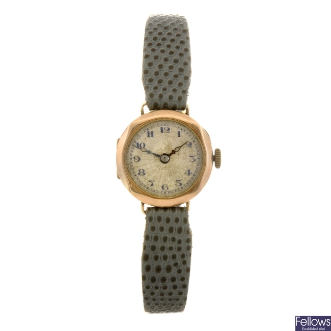A 9ct gold manual wind lady's wrist watch.