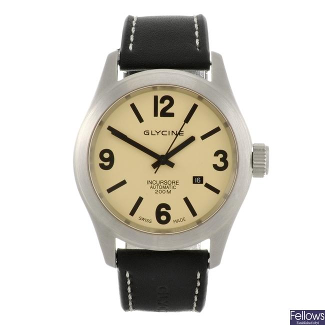 A stainless steel automatic gentleman's Glycine Incursore wrist watch.