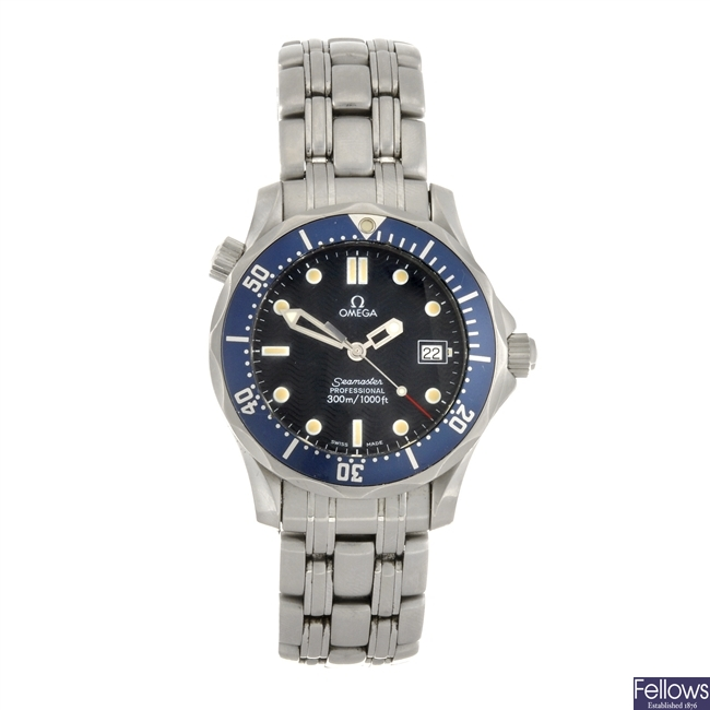 A stainless steel quartz mid-size Omega Seamaster Professional bracelet watch.