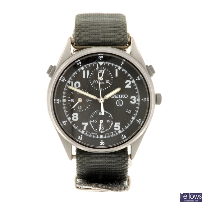 A stainless steel quartz chronograph gentleman's Seiko wrist watch.