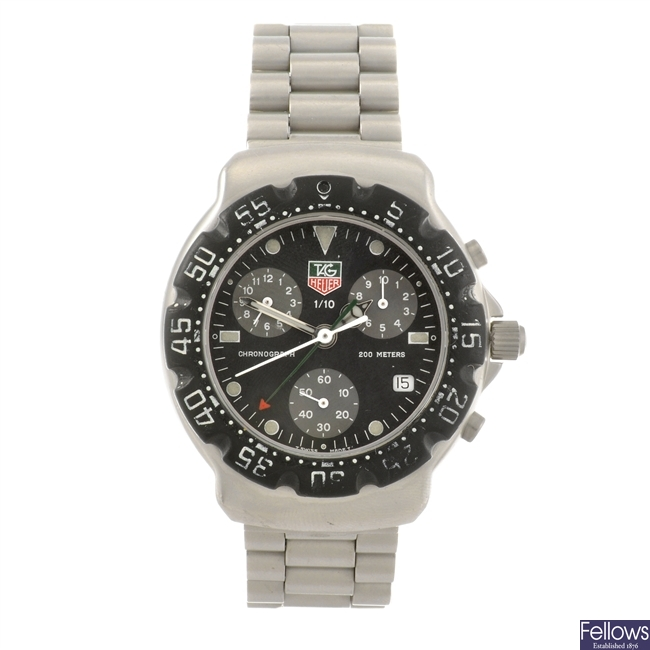 A stainless steel quartz chronograph gentleman's Tag Heuer Formula 1 bracelet watch.