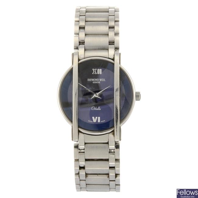 A stainless steel quartz Raymond Weil Othello bracelet watch.