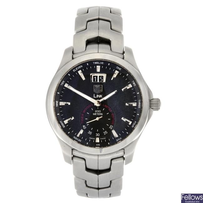 (412023921) A limited edition quartz gentleman's Tag Heuer Link Tiger Woods bracelet watch.