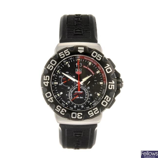(918003085) A stainless steel quartz chronograph gentleman's Tag Heuer Formula 1 wrist watch.