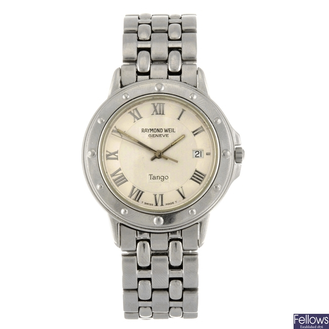 (91671) A stainless steel quartz gentleman's Raymond Weil Tango bracelet watch.