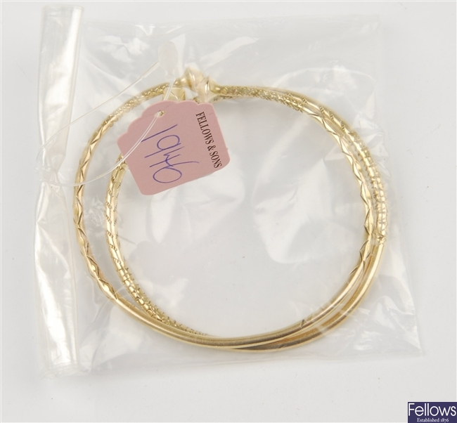 (116192595) two assorted bangles
