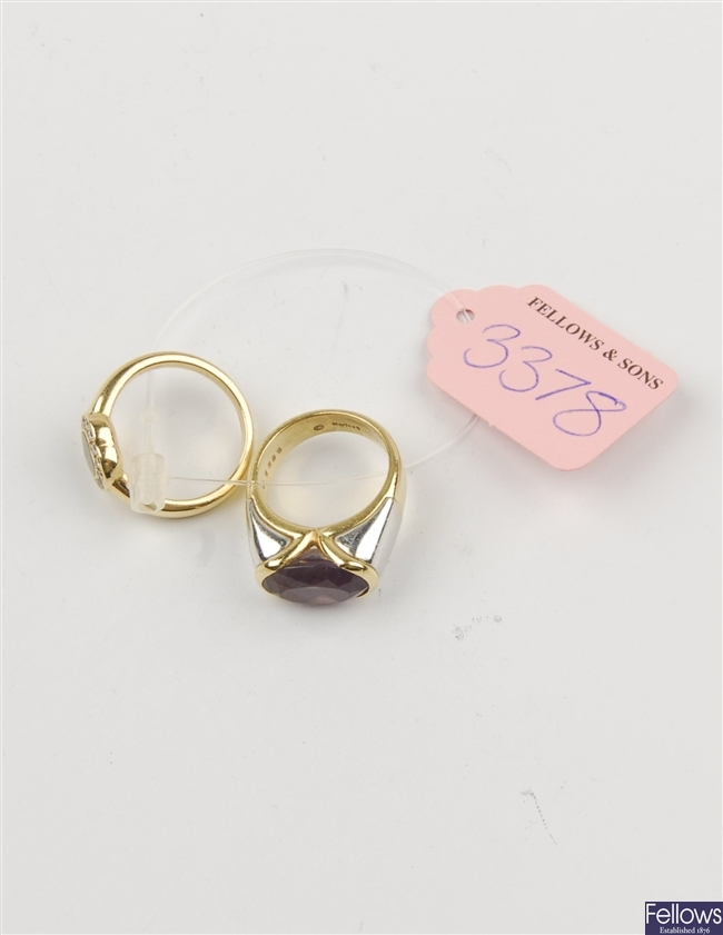 (121082644) two assorted rings