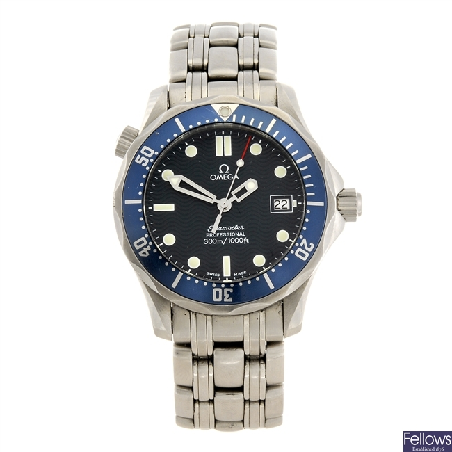 (507026672) A stainless steel quartz mid-size Omega Seamster bracelet watch.