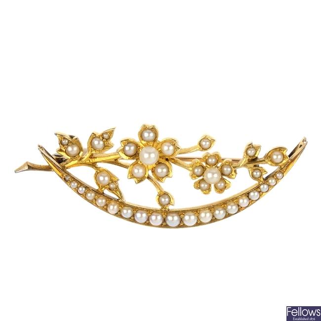 A Victorian gold split pearl crescent brooch, circa 1890.