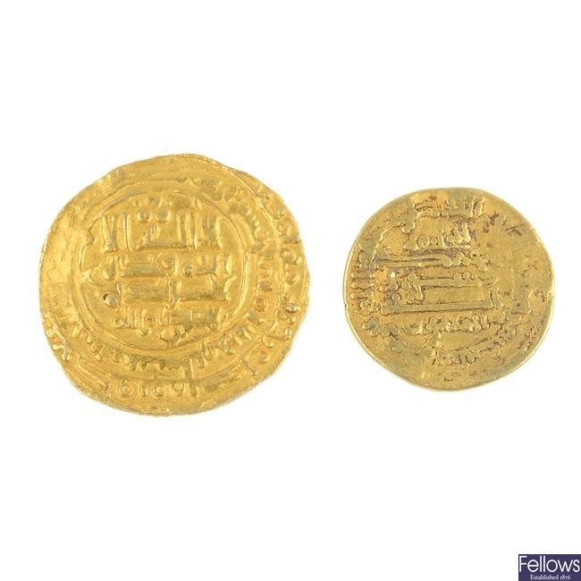 Islamic gold Dinars.