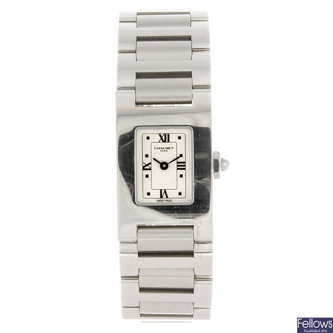 CHAUMET - a lady's stainless steel bracelet watch.
