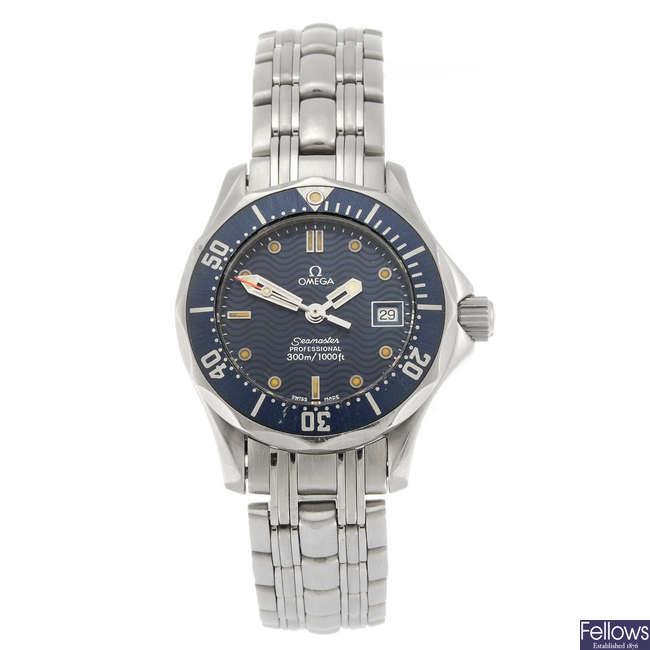 OMEGA - a lady's Seamaster Professional bracelet watch.