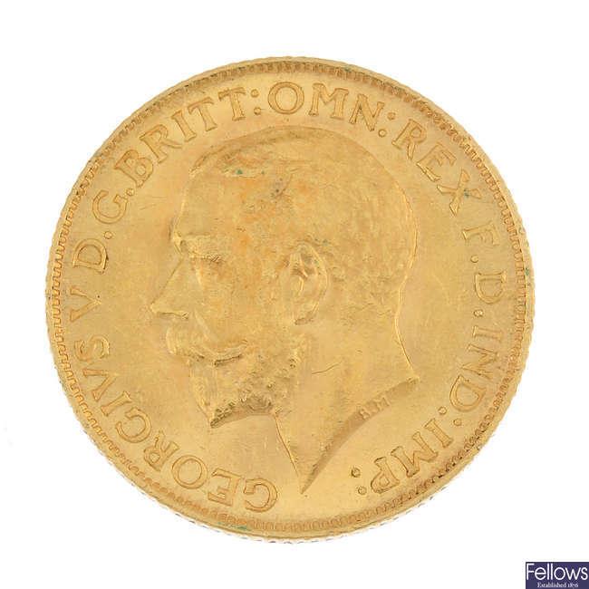 George V, Sovereign 1911 & Farthing 1749.
