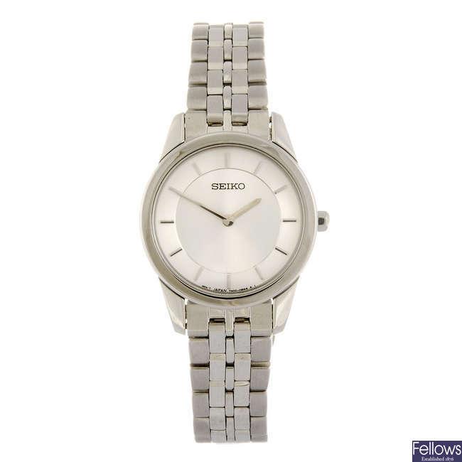 SEIKO - a lady's bracelet watch
