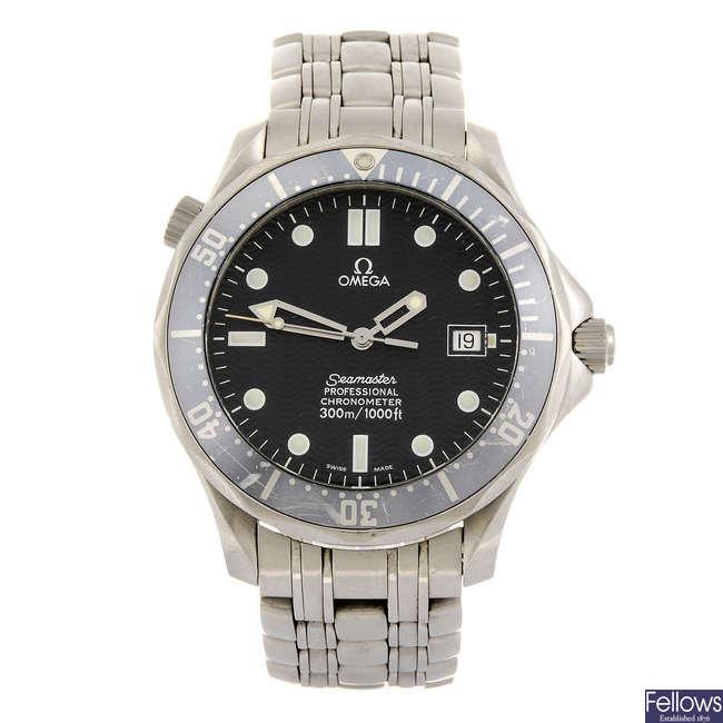 OMEGA - a gentleman's Seamaster Professional bracelet watch.