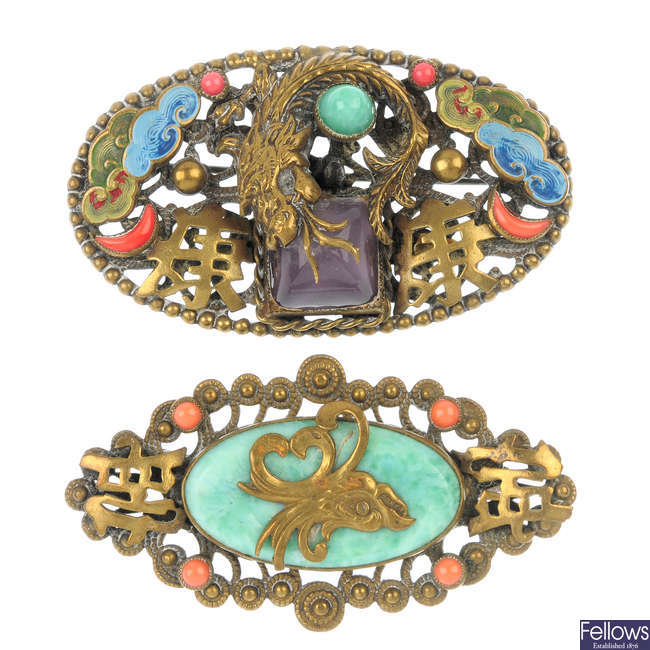 A selection of oriental jewellery.