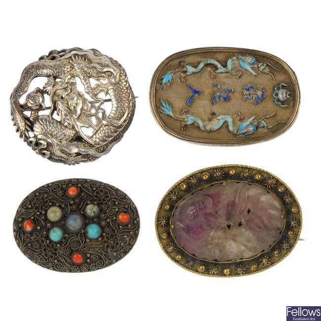 A selection of Chinese jewellery.
