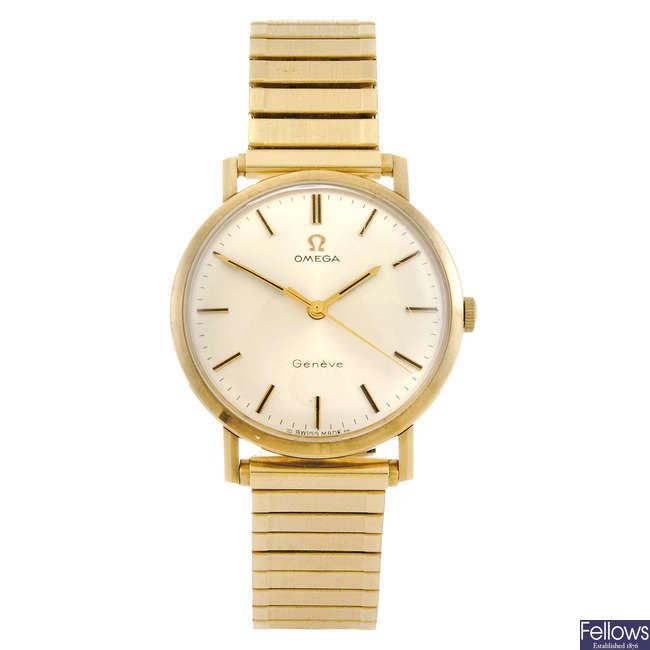 OMEGA - a gentleman's bracelet watch.