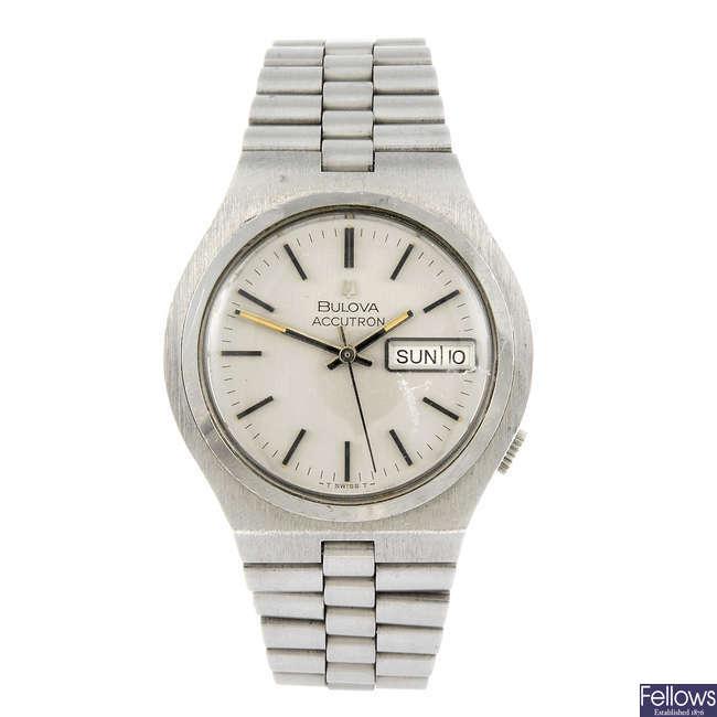 BULOVA - a gentleman's Accutron day-date wrist watch.