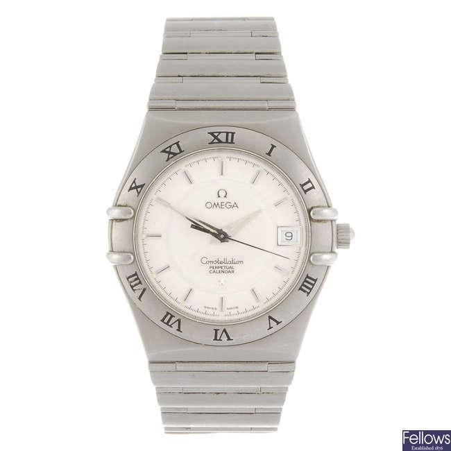OMEGA - a gentleman's quartz Constellation Perpetual Calendar bracelet watch.