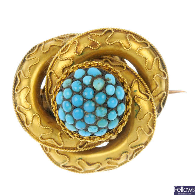 A late Victorian 18ct gold turquoise knot brooch, circa 1880.