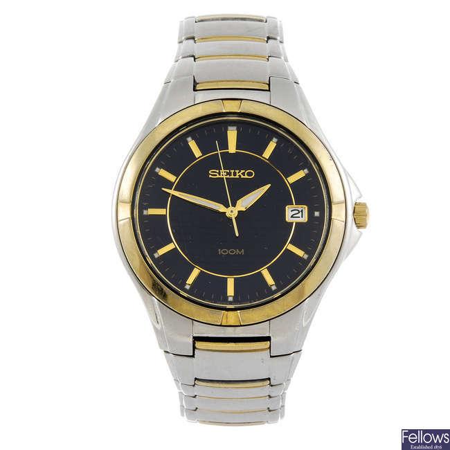 SEIKO - a gentleman's bracelet watch.