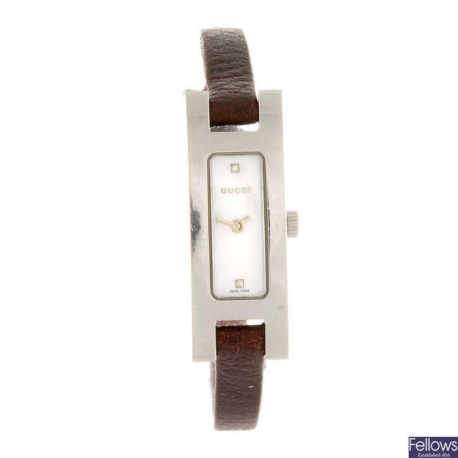 GUCCI - a lady's 3900L wrist watch.