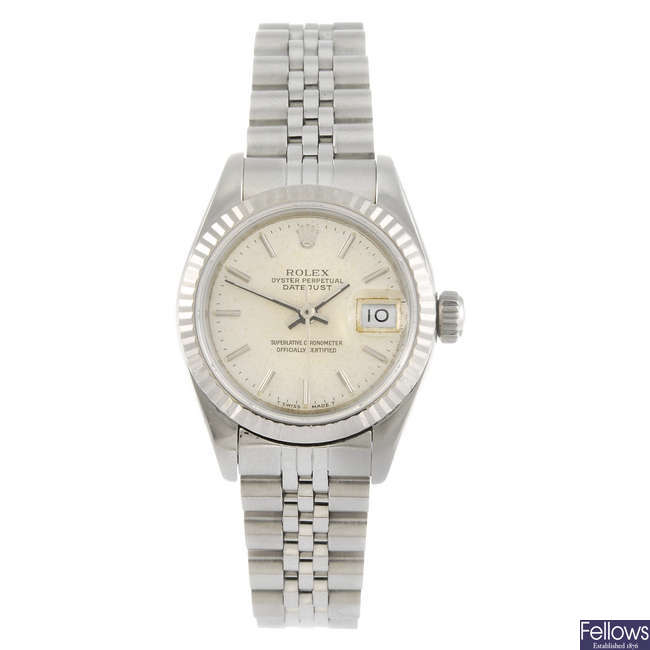 ROLEX - a lady's Oyster Perpetual Datejust bracelet watch.