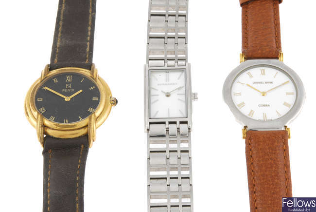 A bag of various wrist watches. Approximately 20.
