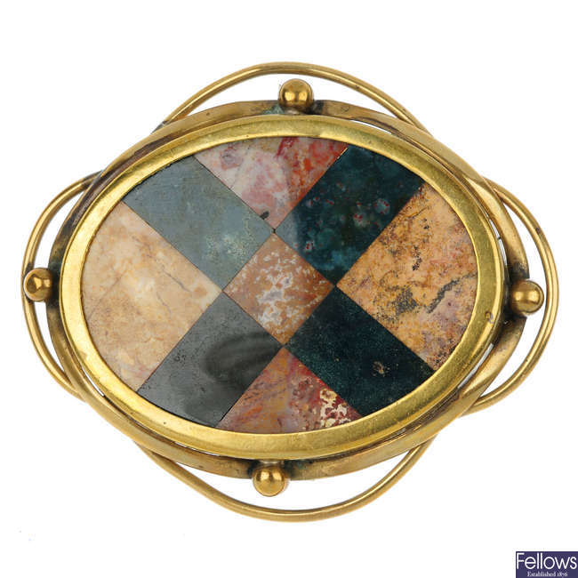 A Scottish agate oval brooch