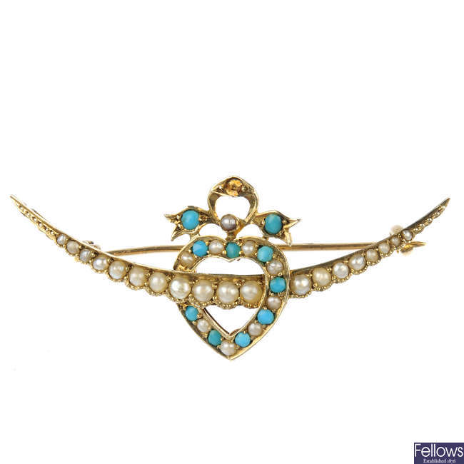 MURRLE BENNETT & CO. - an early 20th century 9ct gold split pearl and turquoise brooch.