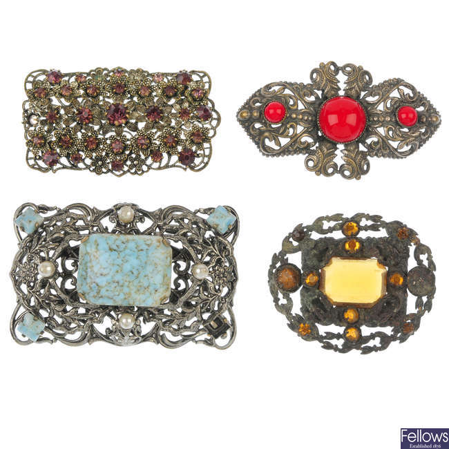 A selection of Czechoslovakian style paste jewellery.