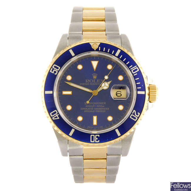 ROLEX - a gentleman's Oyster Perpetual Date Submariner bracelet watch.