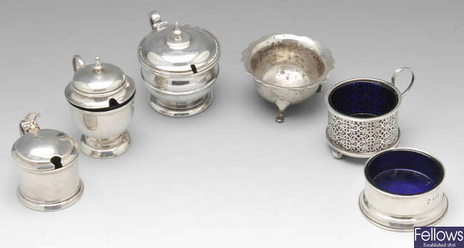 A collection of 6 Edwardian and later mustard pots and open salts.