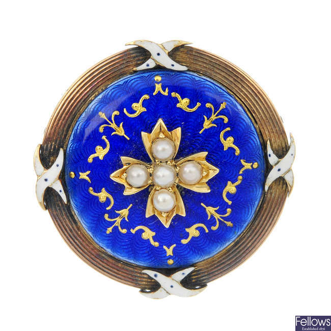 An early 20th century 15ct gold split pearl and enamel brooch.