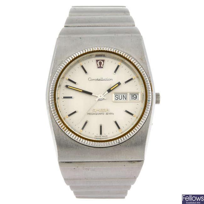 OMEGA - a gentleman's Megaquartz bracelet watch together with an Omega Quartz bracelet watch.