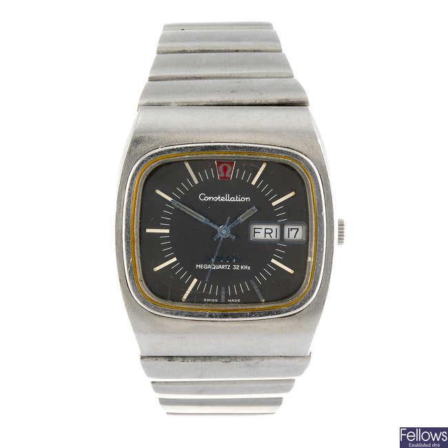 OMEGA - a gentleman's Constellation Megaquartz bracelet watch.
