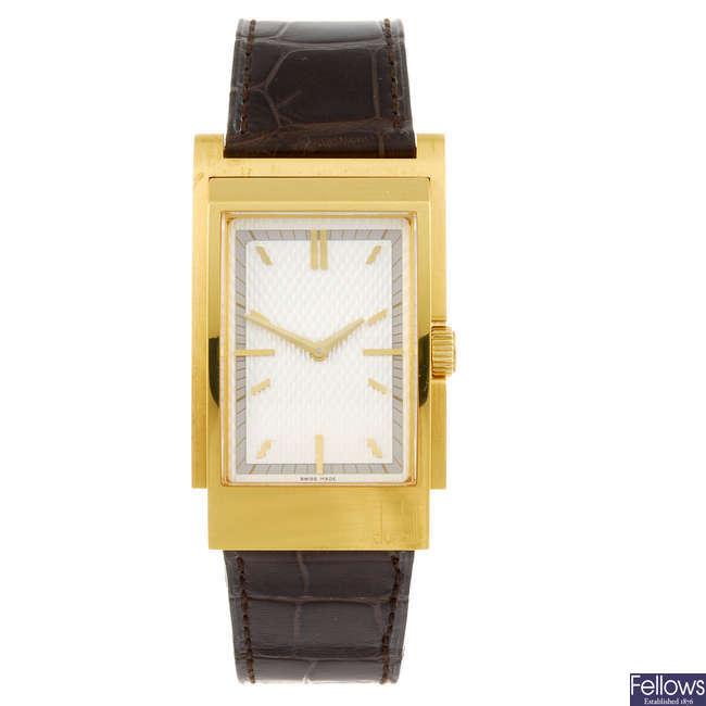DUNHILL - a gentleman's D Type wrist watch.