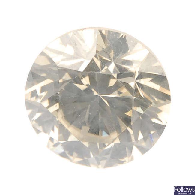 A brilliant-cut diamond, weighing 1ct.