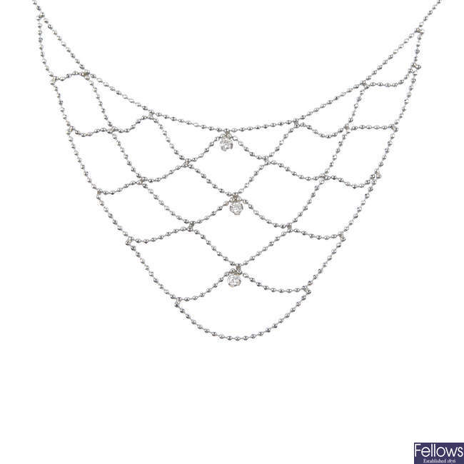 A 9ct gold bib necklace.