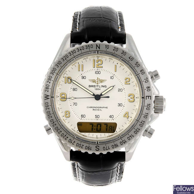 BREITLING - an Intruder wrist watch.