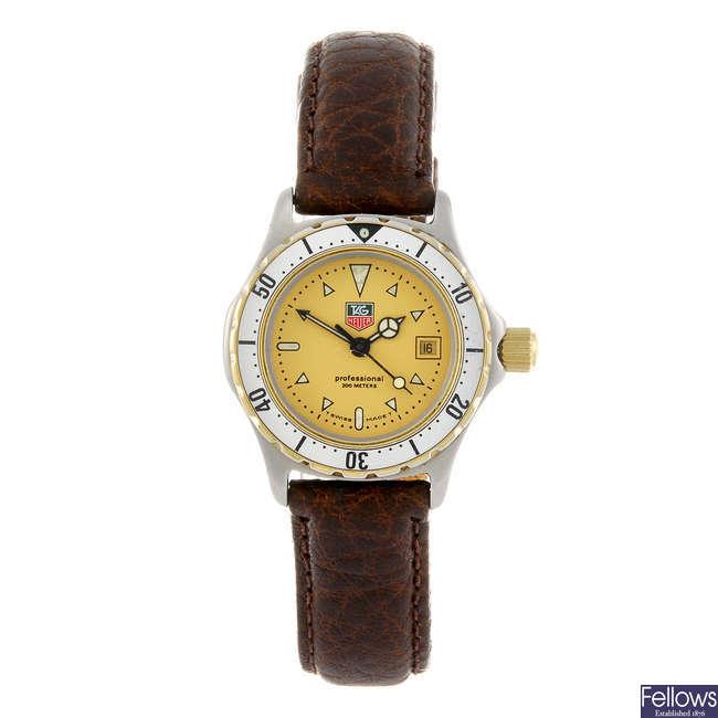 TAG HEUER - a lady's 2000 Series wrist watch.