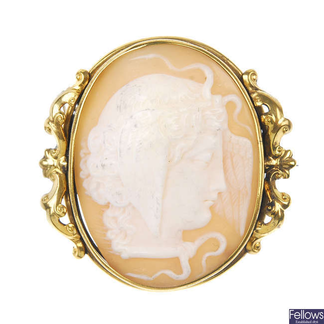 A late 19th century shell cameo brooch.