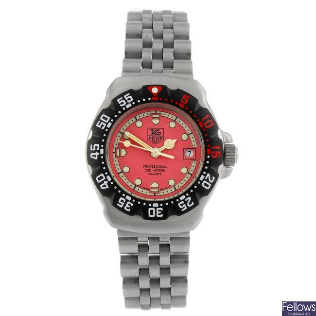TAG HEUER - a lady's Formula 1 bracelet watch.