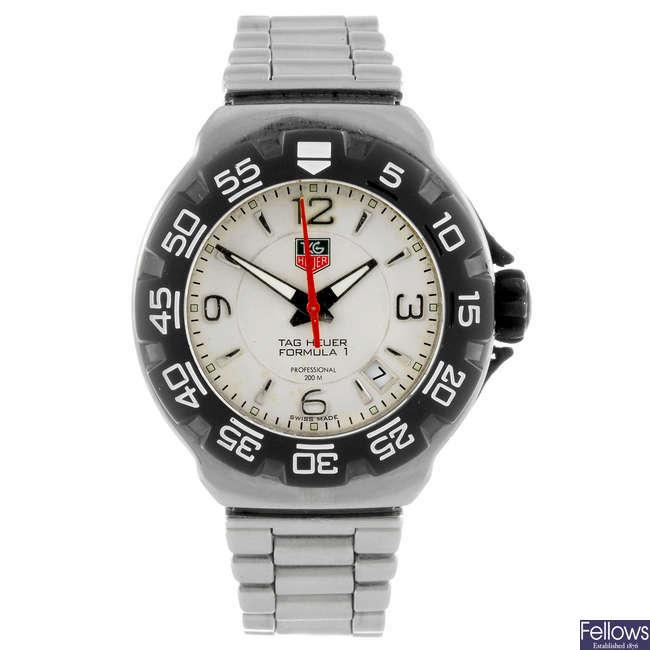 TAG HEUER - a gentleman's Formula 1 bracelet watch.
