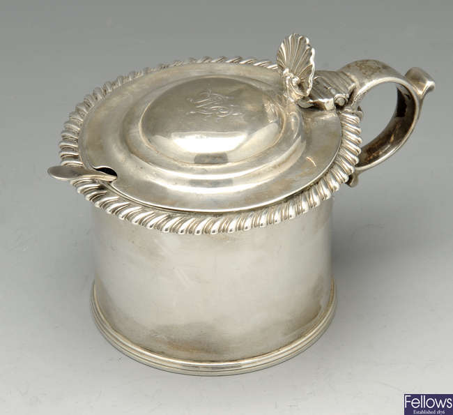 A George IV Scottish silver mustard pot.