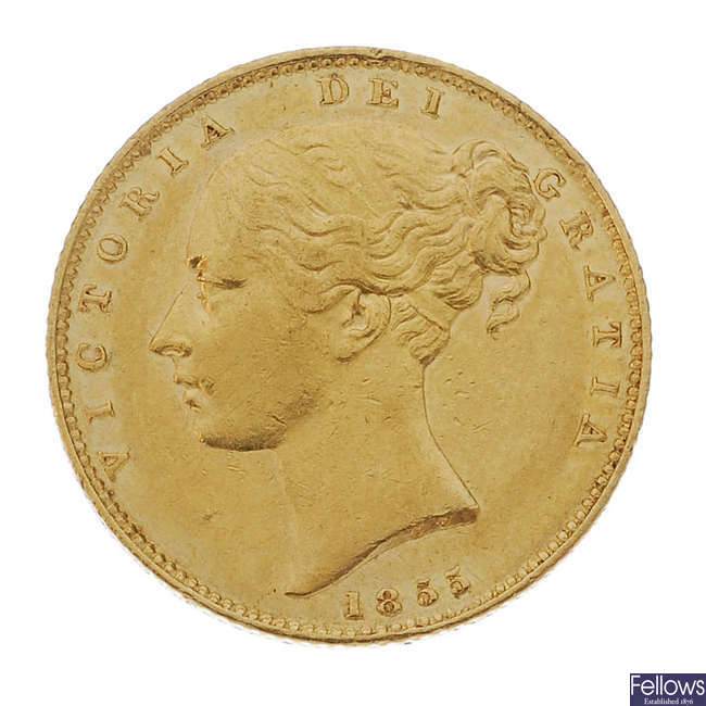 Victoria, Sovereign 1855, young head, rev. shield.